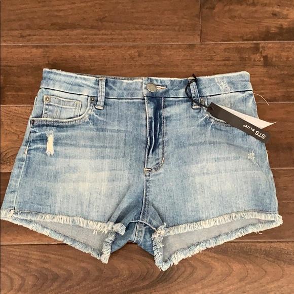 STS Blue Pants - STS blue mid waist denimshorts Sz 27 NWT raw edge
